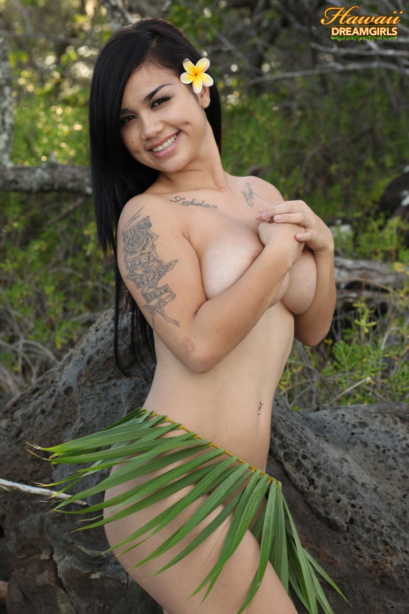 Hawaii nude beaches girls